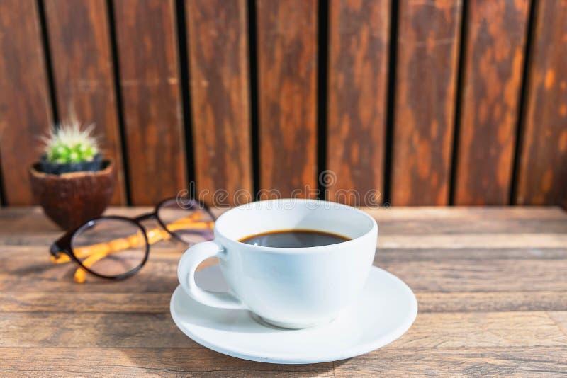 πίνακας φλυτζανιών καφέ στοκ εικόνα