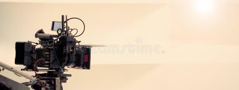 Πίσω από τις σκηνές της τηλεοπτικής παραγωγής πυροβολισμού στοκ εικόνες