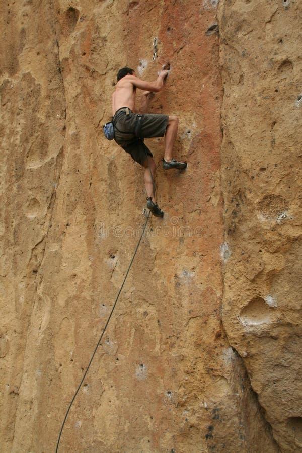 πίσω γυμνός ορειβάτης στοκ φωτογραφίες με δικαίωμα ελεύθερης χρήσης
