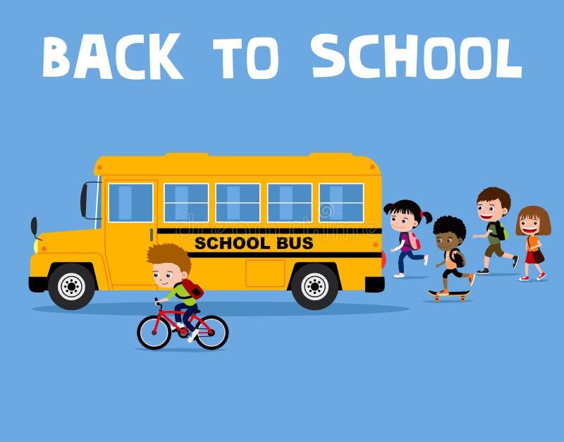 Πίσω στη σχολική απεικόνιση: ευτυχή παιδιά κινούμενων σχεδίων που τρέχουν στο κίτρινο λεωφορείο ελεύθερη απεικόνιση δικαιώματος