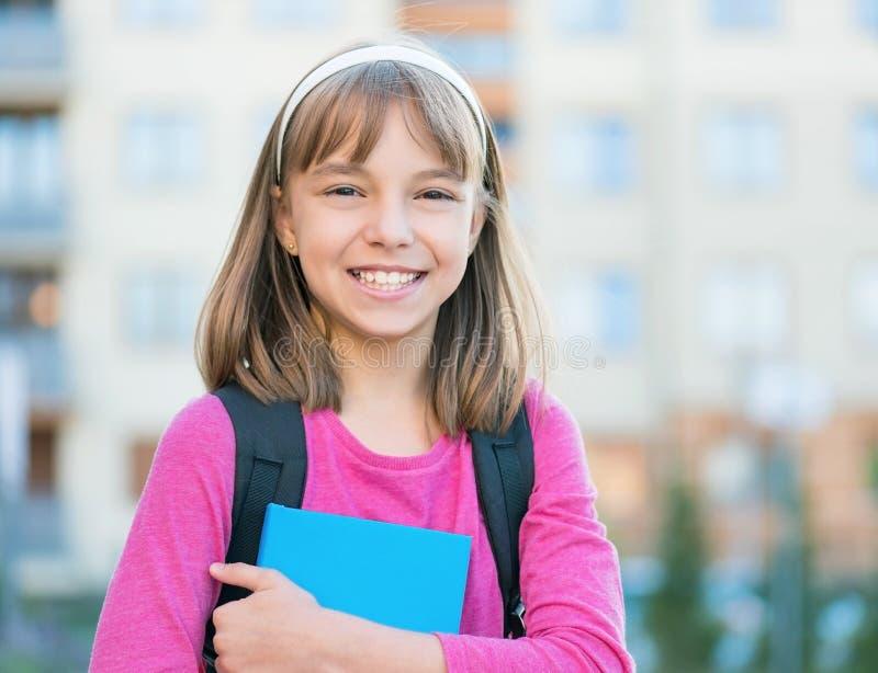 πίσω σχολείο κοριτσιών στοκ φωτογραφία
