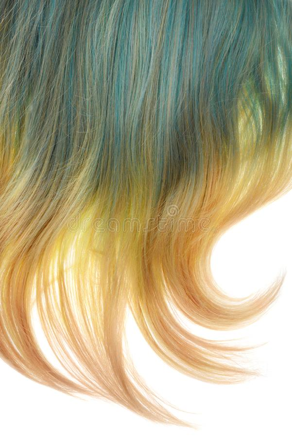 Πίσω της ξανθής και μπλε umbra περούκας που απομονώνεται στοκ φωτογραφίες