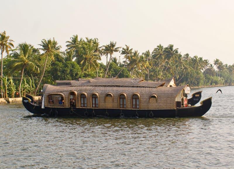 πίσω houseboats ύδατα στοκ εικόνες
