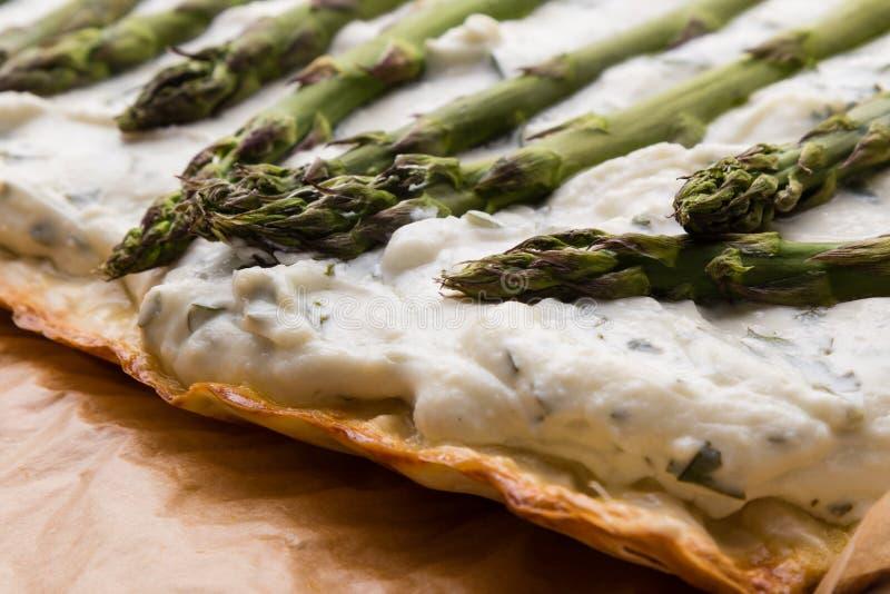 Πίτα τυριών σπαραγγιού στοκ φωτογραφία με δικαίωμα ελεύθερης χρήσης