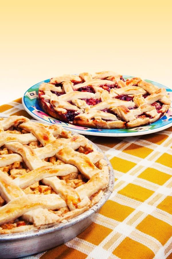 πίτες κερασιών μήλων στοκ εικόνα