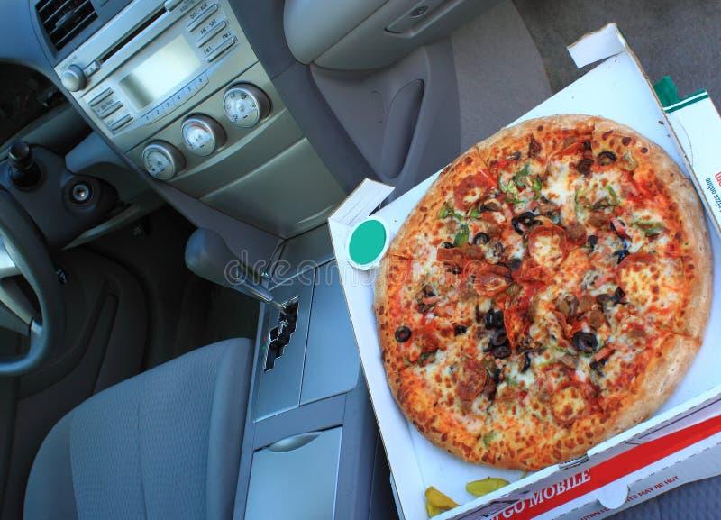 πίτσα παράδοσης στοκ εικόνα με δικαίωμα ελεύθερης χρήσης