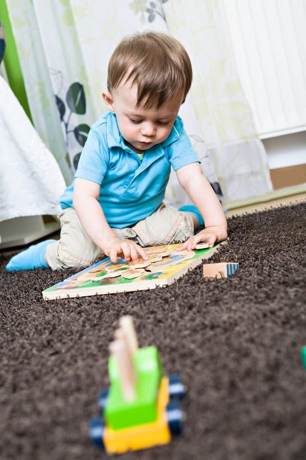 Παίζοντας μωρό Στοκ Φωτογραφίες