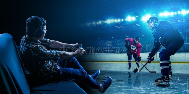 Παίζοντας παιχνίδι χόκεϋ πάγου νεαρών άνδρων στοκ φωτογραφίες