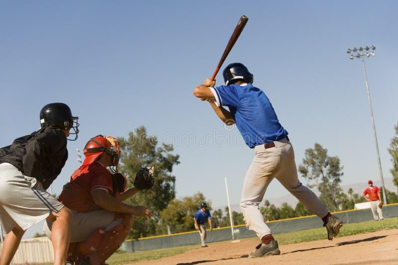 Παίχτης του μπέιζμπολ έτοιμος για την απεργία στοκ εικόνα