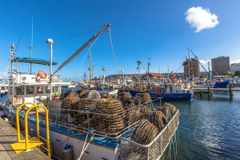 Παγίδες αστακών στη βάρκα, Χόμπαρτ στοκ εικόνα