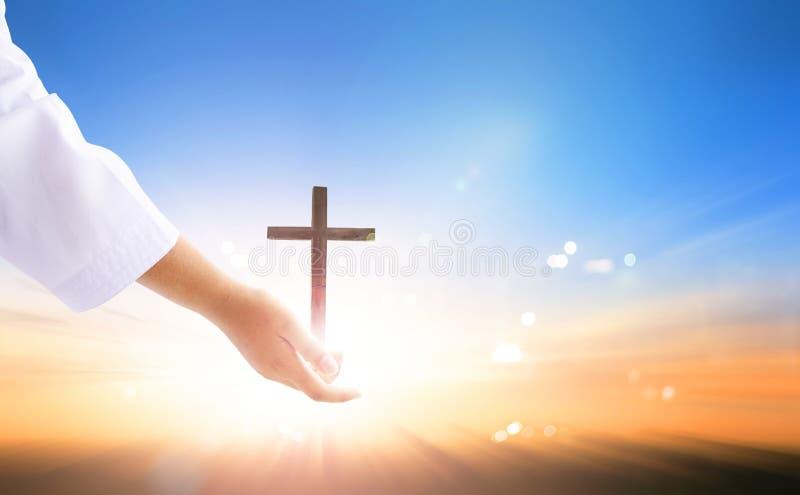 Παγκόσμια ημέρα της ενθύμησης: Χέρι βοηθείας Θεών ` s στοκ φωτογραφία με δικαίωμα ελεύθερης χρήσης