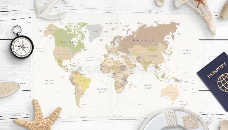 Παγκόσμιοι χάρτης, πυξίδα, διαβατήριο και κοχύλια Έννοια του προγραμματισμού ταξιδιού στοκ φωτογραφίες