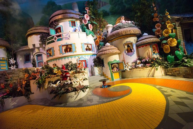 Παγκόσμιος μάγος Oz Munchkinland της Disney στοκ εικόνες