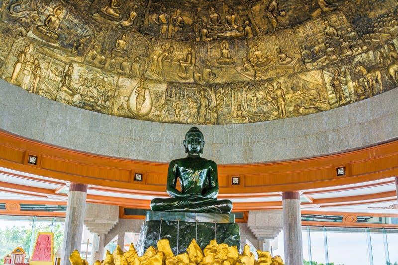 Παγκόσμιος μεγαλύτερος νεφρίτης Βούδας στο wat Dhammamongkol, Ταϊλάνδη στοκ φωτογραφίες με δικαίωμα ελεύθερης χρήσης