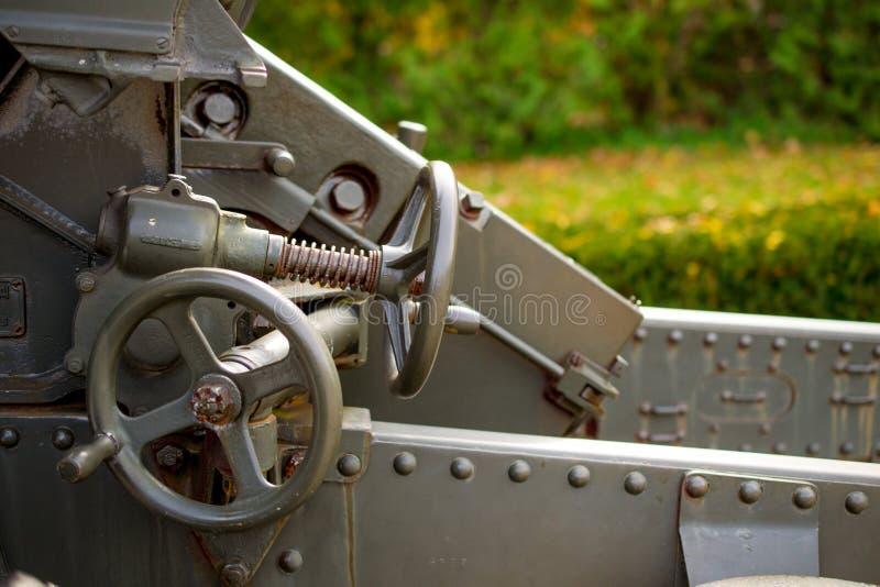Παγκόσμιος πόλεμος δύο πυροβόλο όπλο δεξαμενών στοκ εικόνες