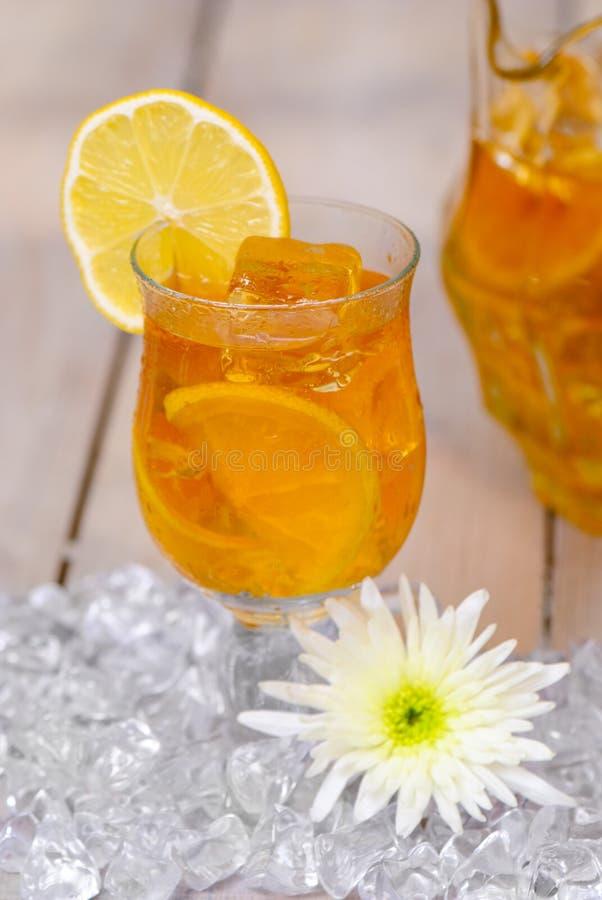 παγωμένο τσάι λεμονιών στοκ φωτογραφία