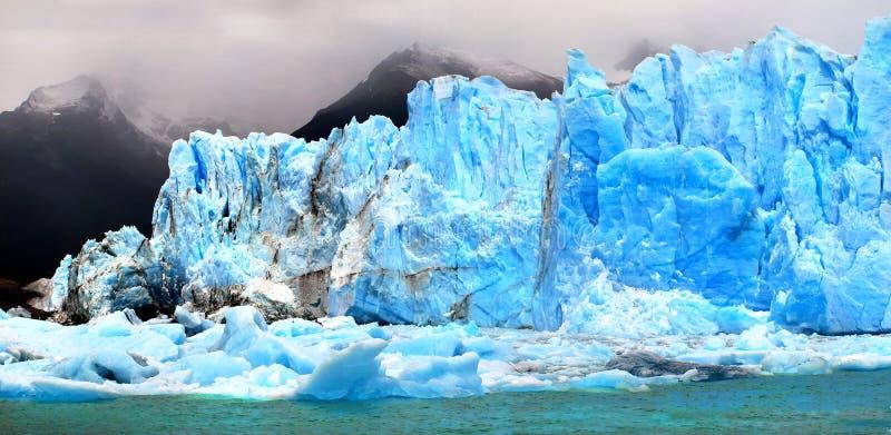 Παγόβουνα σε Perito Moreno Glacier στην Παταγωνία, Αργεντινή, Νότια Αμερική στοκ φωτογραφίες
