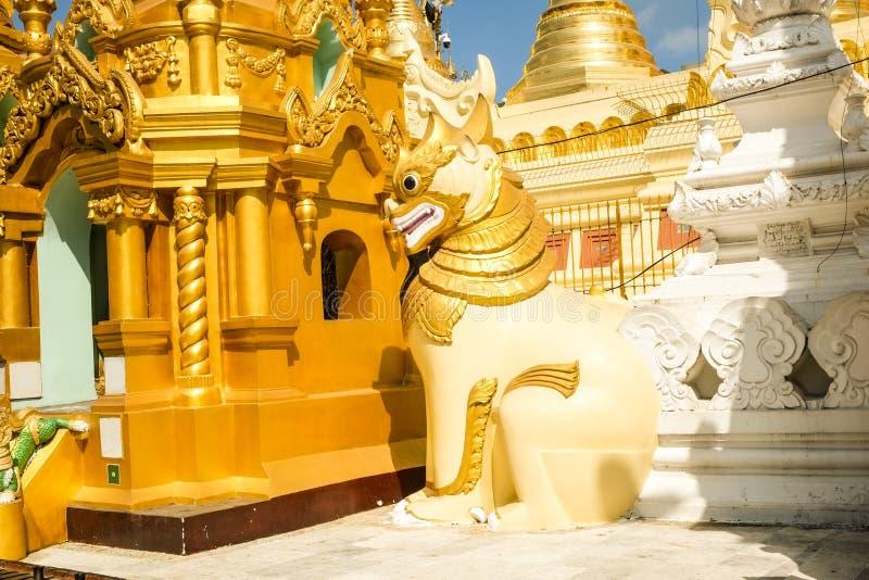 Παγόδα Yangon, το Μιανμάρ Shwedagon Άγαλμα τέχνης του Μιανμάρ μοναδικό, όμορφος, σημαντικός στοκ φωτογραφία με δικαίωμα ελεύθερης χρήσης