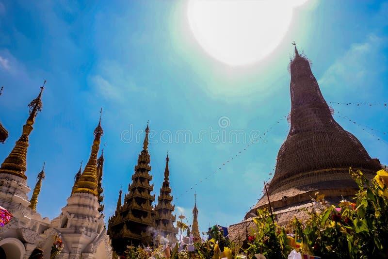 Παγόδα Yangon, το Μιανμάρ Shwedagon Άγαλμα τέχνης του Μιανμάρ μοναδικό, όμορφος, σημαντικός στοκ εικόνες με δικαίωμα ελεύθερης χρήσης
