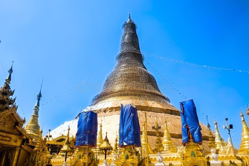 Παγόδα Yangon, το Μιανμάρ Shwedagon Άγαλμα τέχνης του Μιανμάρ μοναδικό, όμορφος, σημαντικός στοκ εικόνα