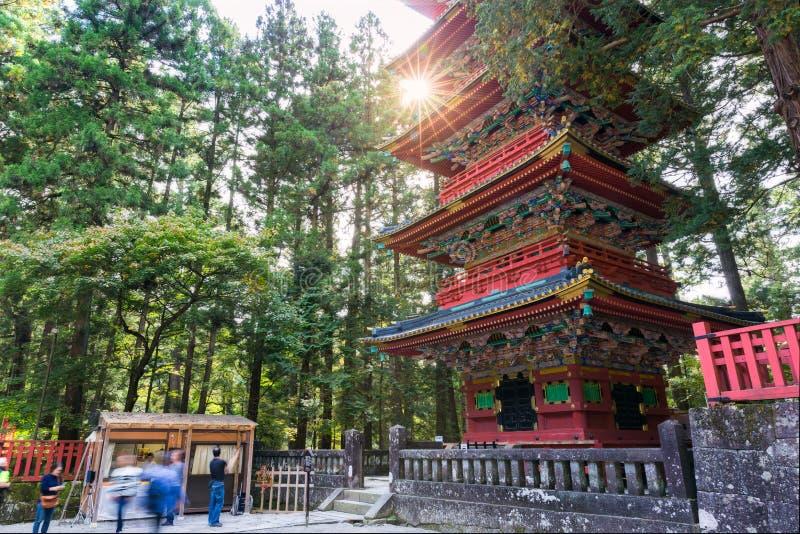 Παγόδα πέντε ορόφων στη λάρνακα Toshogu στοκ εικόνα