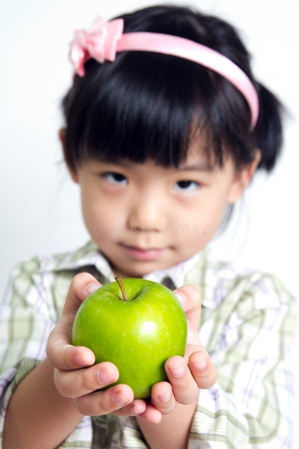παιδί μήλων πράσινο στοκ φωτογραφία