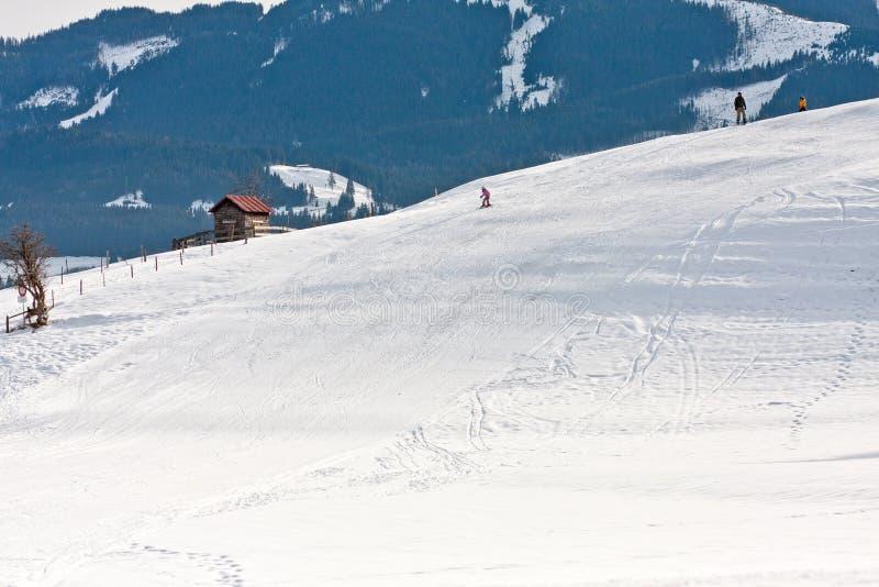 Παιδί που κάνει σκι κάτω από μια κλίση, Μπάγερν, Γερμανία στοκ φωτογραφία με δικαίωμα ελεύθερης χρήσης