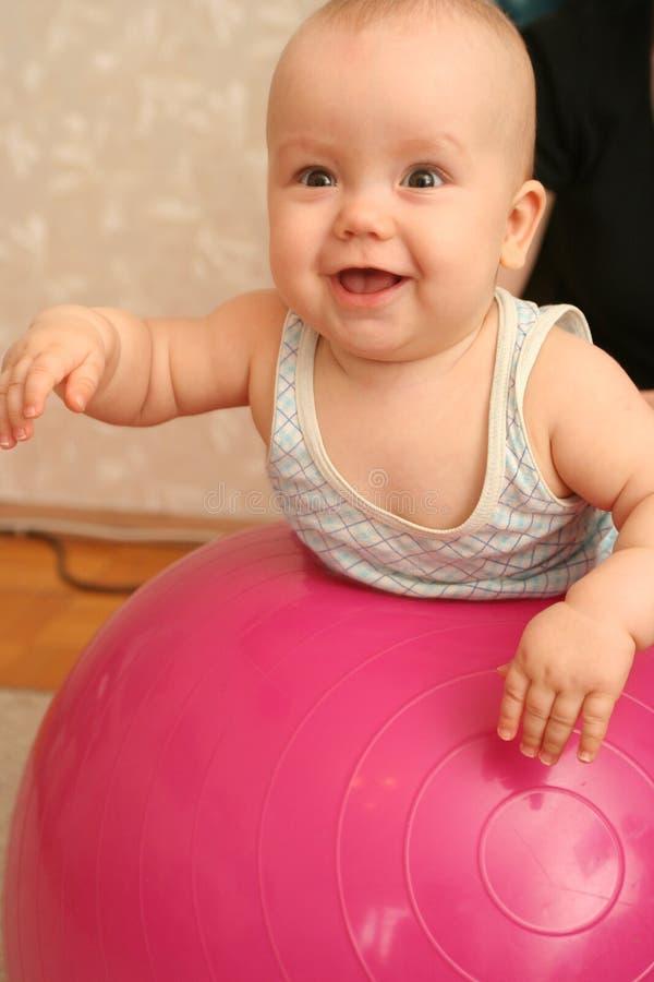 παιδί χαρούμενο στοκ εικόνες με δικαίωμα ελεύθερης χρήσης