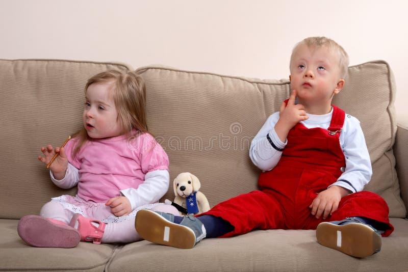παιδιά κάτω από το σύνδρομο στοκ φωτογραφία με δικαίωμα ελεύθερης χρήσης