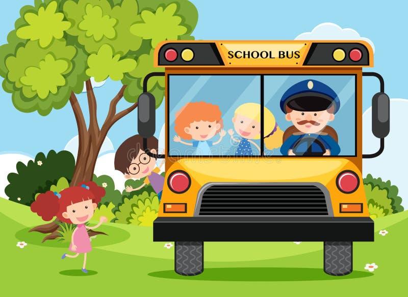 Παιδιά και οδηγός λεωφορείου στο σχολικό λεωφορείο ελεύθερη απεικόνιση δικαιώματος