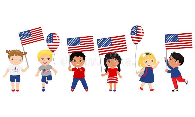 Παιδιά που κρατούν τις ΑΜΕΡΙΚΑΝΙΚΑ σημαίες και τα μπαλόνια r r ελεύθερη απεικόνιση δικαιώματος