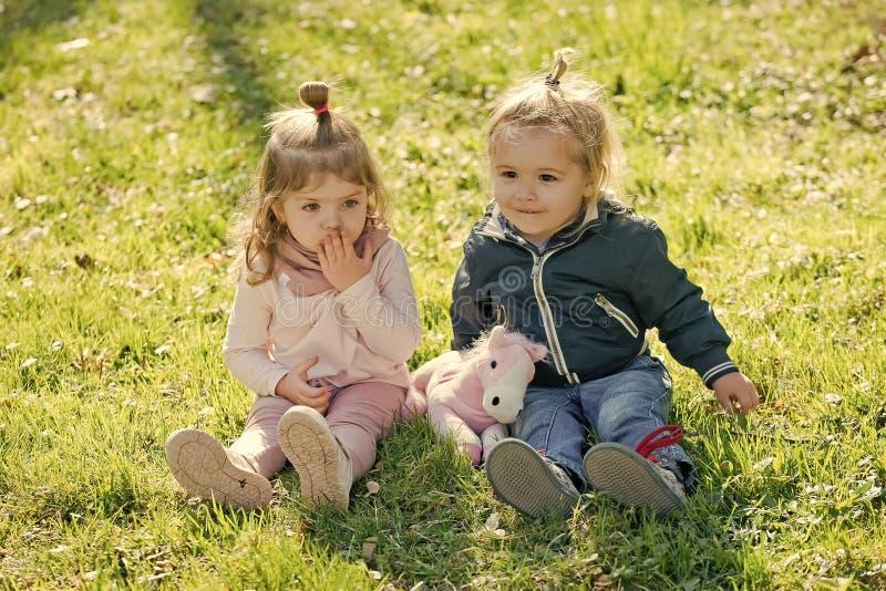 Παιδιά, φίλοι, φιλία στοκ φωτογραφία με δικαίωμα ελεύθερης χρήσης