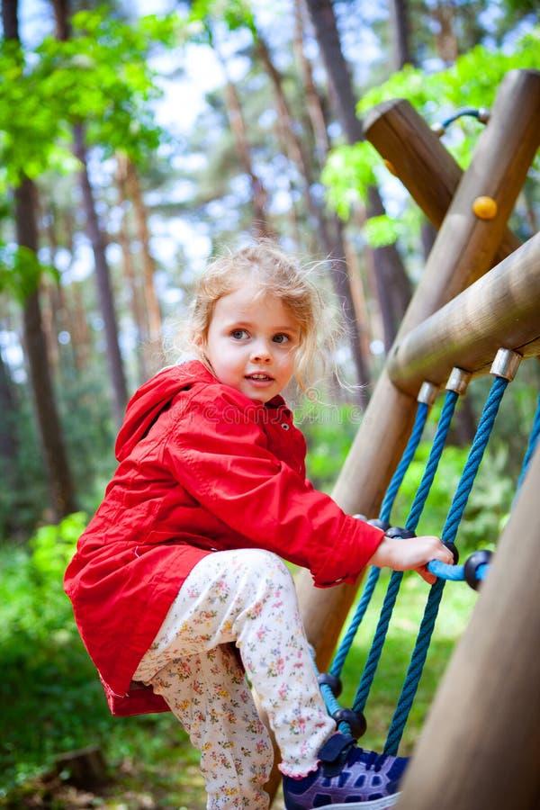 Παιδική χαρά κοριτσιών στοκ εικόνα με δικαίωμα ελεύθερης χρήσης