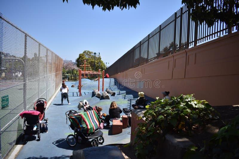 Παιδική χαρά πάρκων Duboce, μια παιδική χαρά γειτονιάς, 1 στοκ εικόνα με δικαίωμα ελεύθερης χρήσης