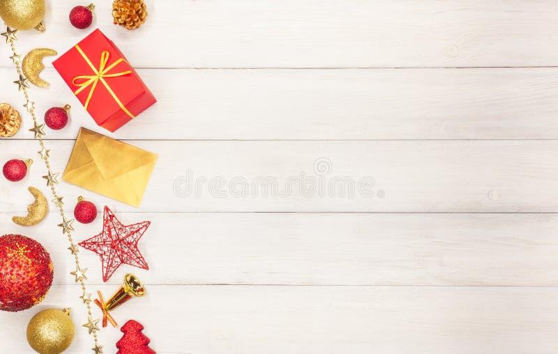 Παιχνίδια αστεριών Χριστουγέννων, σφαίρες, κουδούνια, κουδούνια Χριστουγέννων, στοκ φωτογραφία με δικαίωμα ελεύθερης χρήσης