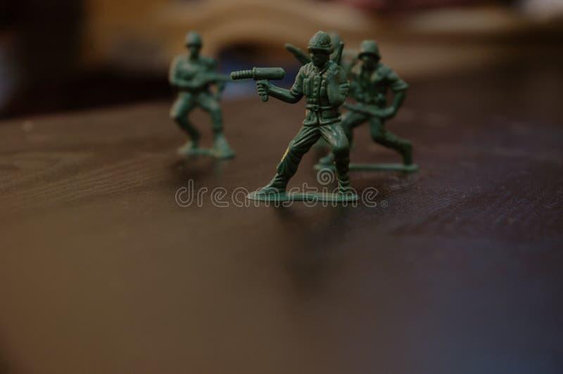 Download παιχνίδι στρατιωτών στοκ εικόνες. εικόνα από παιδιά, πόλεμος - 387422