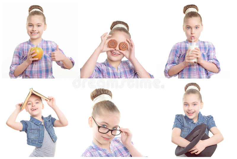 Παιχνίδι μικρών κοριτσιών γύρω με τα διάφορα αντικείμενα στοκ εικόνα