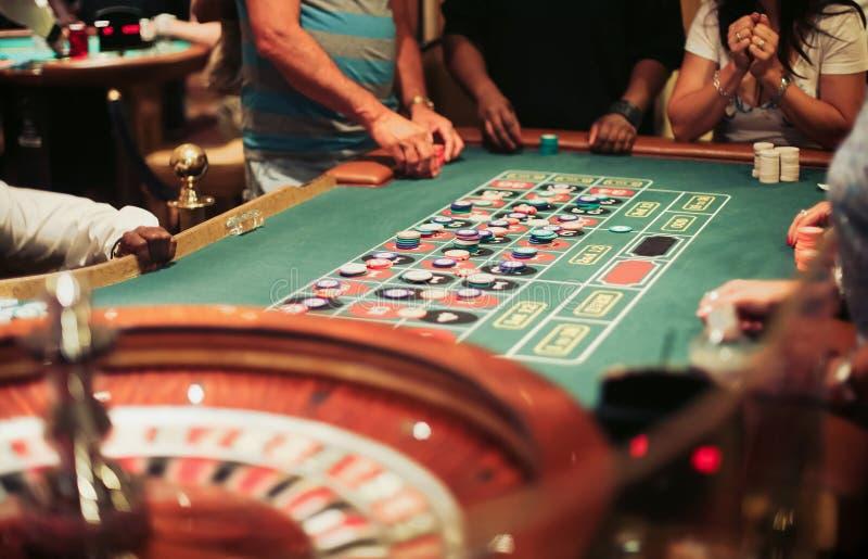 Παιχνίδι ρουλετών χαρτοπαικτικών λεσχών στοκ φωτογραφία με δικαίωμα ελεύθερης χρήσης