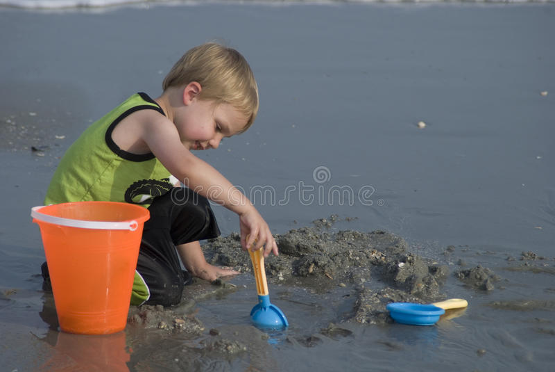 Παιχνίδι στην άμμο στοκ εικόνες με δικαίωμα ελεύθερης χρήσης