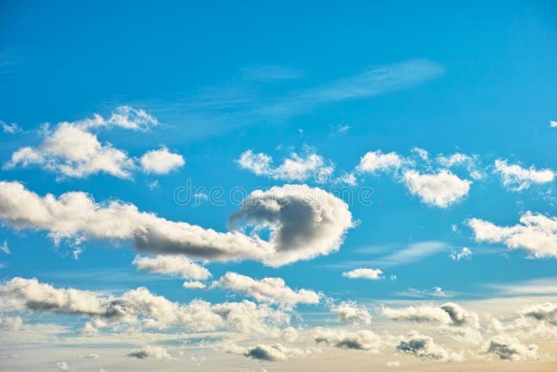 Παιχνίδι των σύννεφων στοκ φωτογραφία με δικαίωμα ελεύθερης χρήσης
