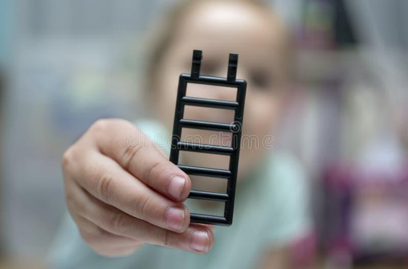 παιχνίδι χεριών στοκ φωτογραφία