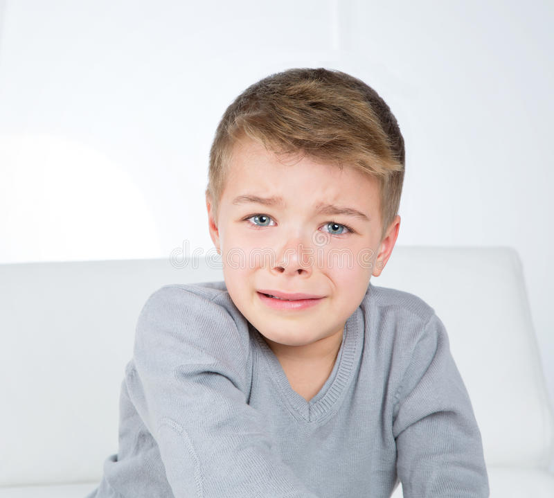 παιδί που φωνάζει ελάχιστ& στοκ εικόνες με δικαίωμα ελεύθερης χρήσης