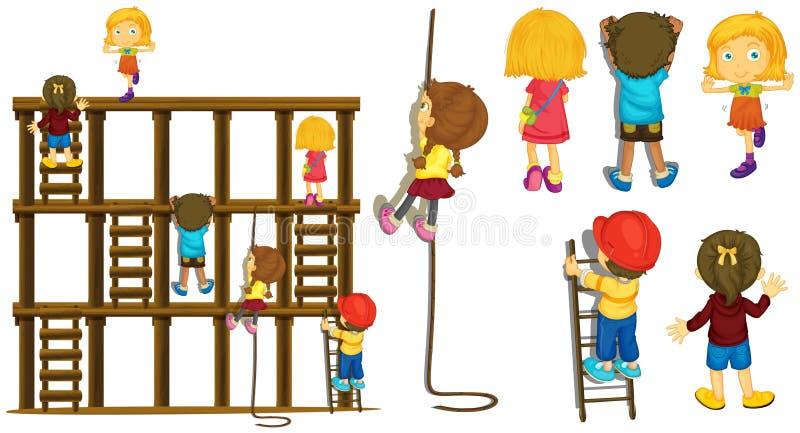 Παιδιά που αναρριχούνται επάνω στη σκάλα και το σχοινί ελεύθερη απεικόνιση δικαιώματος