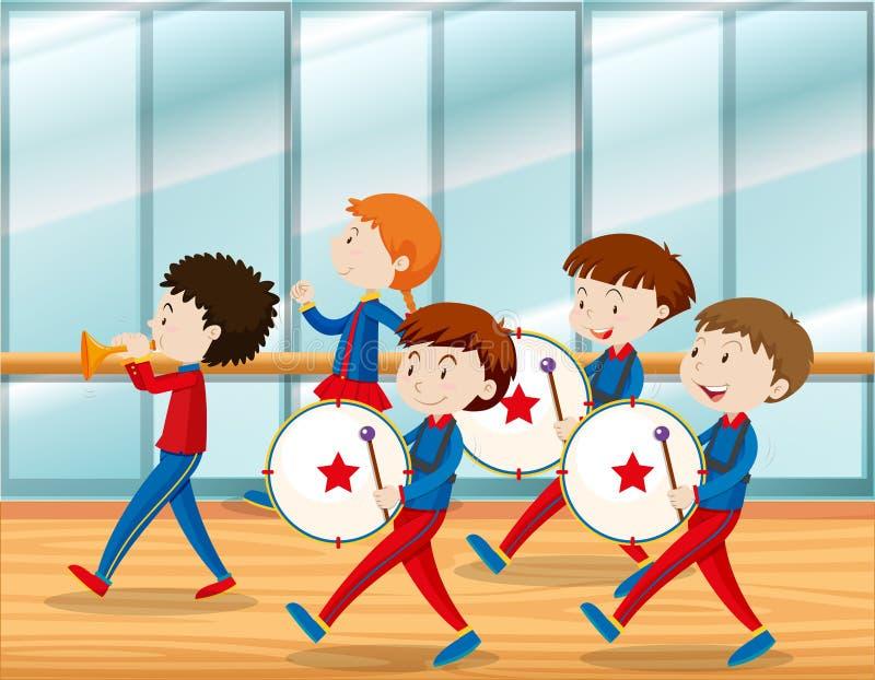 Παιδιά που παίζουν τη μουσική στη σχολική ζώνη απεικόνιση αποθεμάτων