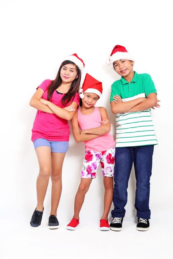 Παιδιά στα Χριστούγεννα στοκ φωτογραφία με δικαίωμα ελεύθερης χρήσης