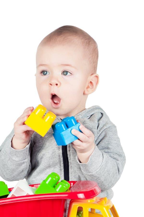 Παιδικά παιχνίδια με τον πλαστικό κατασκευαστή στοκ φωτογραφίες με δικαίωμα ελεύθερης χρήσης
