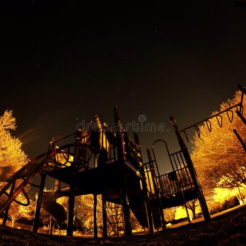 Παιδική χαρά νύχτας στοκ φωτογραφία με δικαίωμα ελεύθερης χρήσης