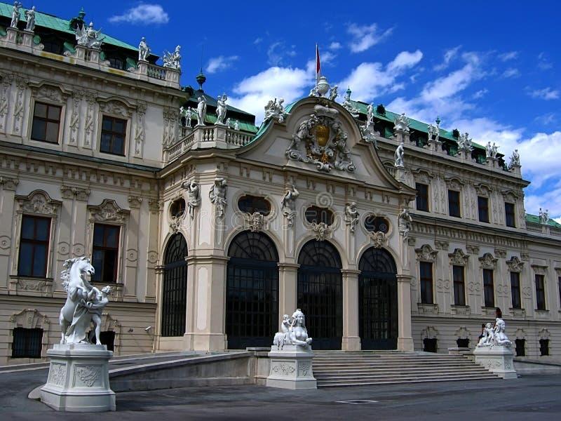 παλάτι Βιέννη πανοραμικών π&upsilon στοκ εικόνα με δικαίωμα ελεύθερης χρήσης