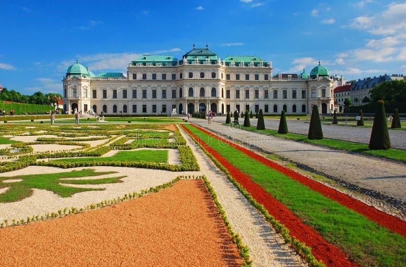 παλάτι Βιέννη πανοραμικών π&upsilon στοκ φωτογραφία