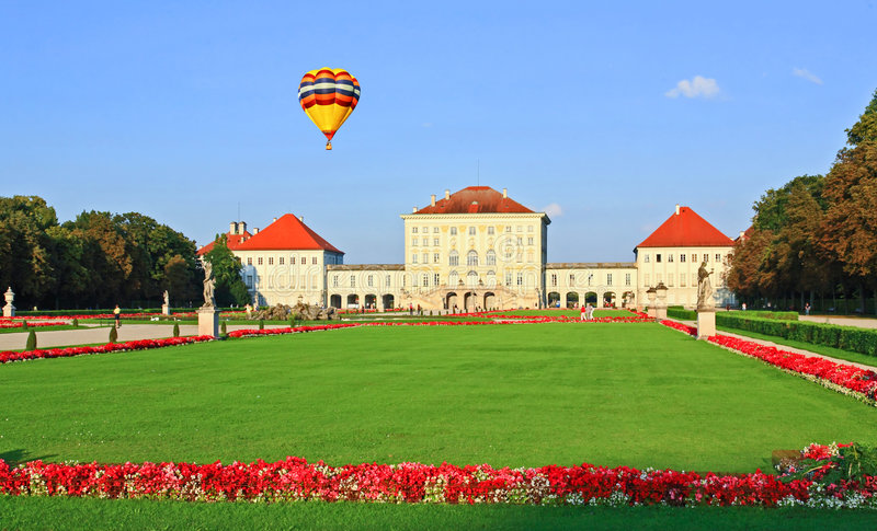 παλάτι κήπων nymphenburg βασιλικό στοκ φωτογραφίες με δικαίωμα ελεύθερης χρήσης